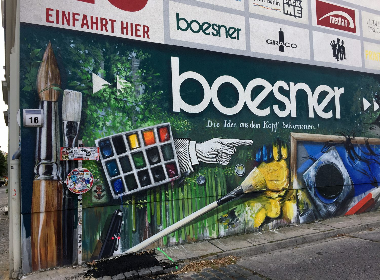 Berlín, Arte Callejero y Graffiti – Serie IV – Impresionante obra de Arte Callejero en la calle Marienburger.